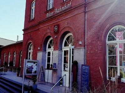 Pamis im Alten Bahnhof