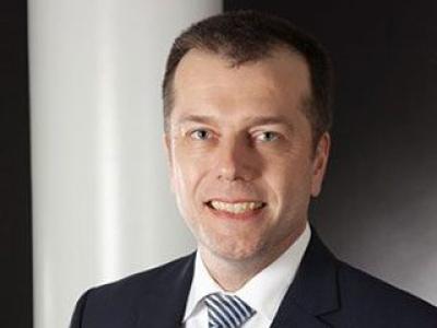 Jochen W. Beekes