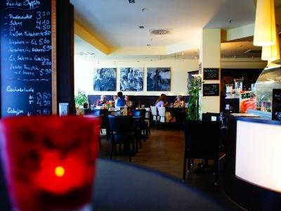 Rick's Café